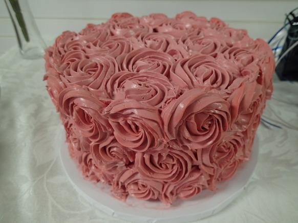 Gluten free Vanilla Cake with Rosettes
